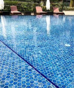 Sứ lát bể bơi